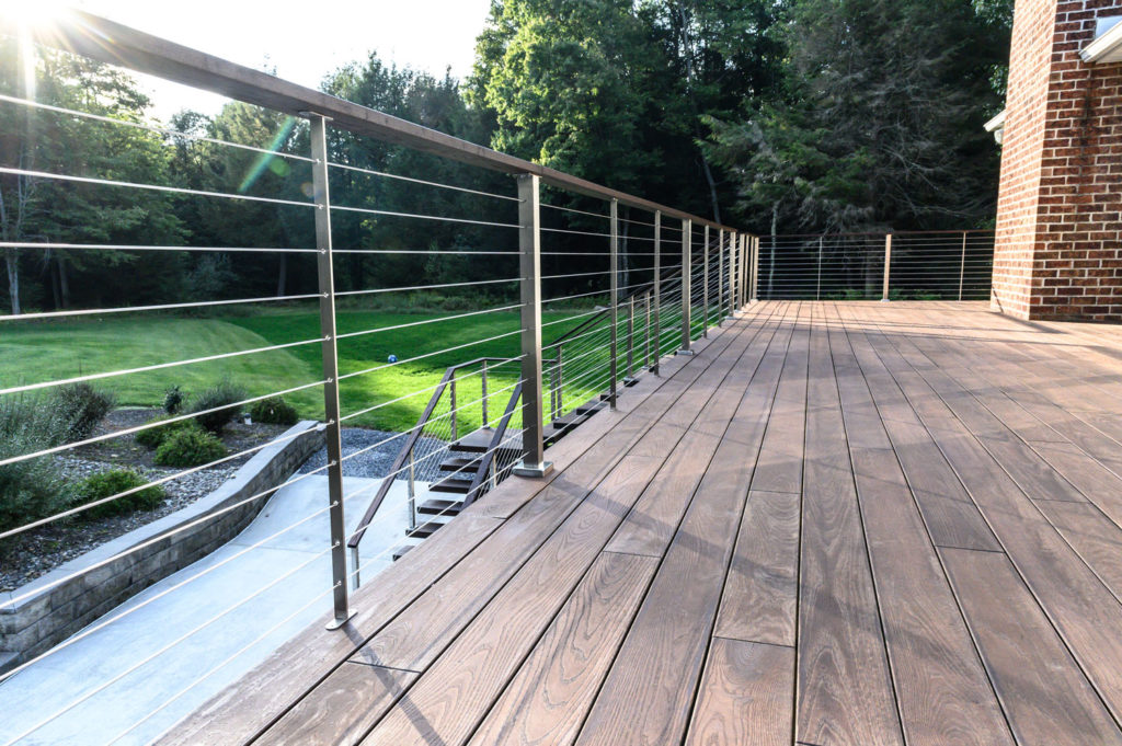 Paralux cable railing with metal stainless posts